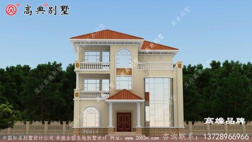 别墅平面图实现了美观与实用的巧妙融合。