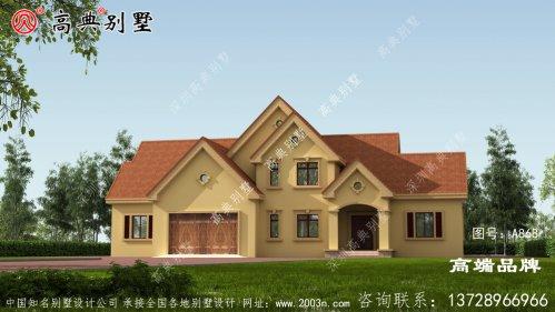 映入眼帘的是简单的美式风格的别墅,让家又美又便捷